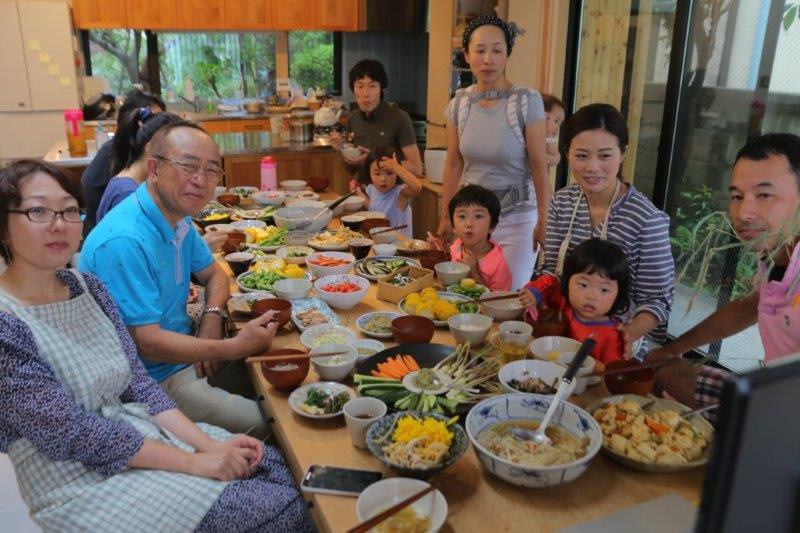 ㈬okatteと秋田のスカイプ食事風景